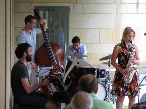 Stephanie-Francke-quartet-North-Sea-Round-town
